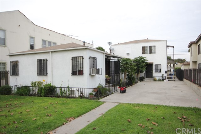 Gated Four units with great long term tenants, within walking distance to USC campus.  All units are very large approximately 650 sq.ft. with living room, large kitchen and dinning.  Bonus 5-car garage in the back of the property possible to convert to units check with city.  Long-term tenants all on month-to-month. Annual gross income is approximately $36,000. Please do not disturb tenants, drive by only. Low maintenance costs. Lots of potential for future redevelopment, Light rail station nearby, Development in the area includes: New Stadium, Lucas Museum, Hotel and Retail.  All 4 units have been well-maintain and move-in condition. Back on market as of 2/21/2018, previous in escrow for at full price.  Seller looking for a fast escrow offer subject to interior inspection.