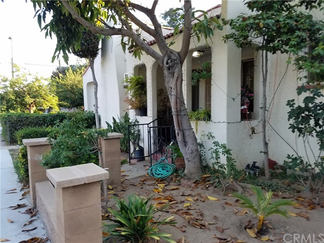 75 W Tremont St, Pasadena, CA 91003 Photo 2