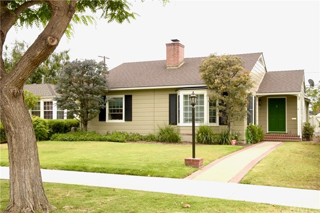 3808 Walnut Avenue, Long Beach, CA 90807