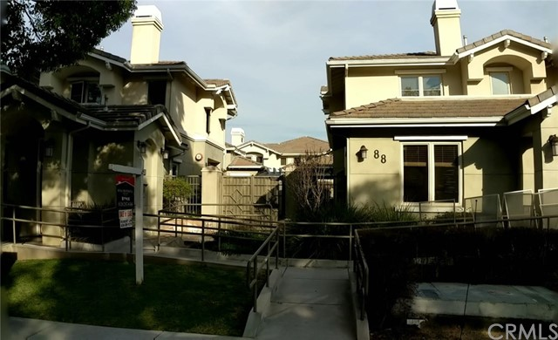 88 N Roosevelt Avenue 11, Pasadena, CA 91107