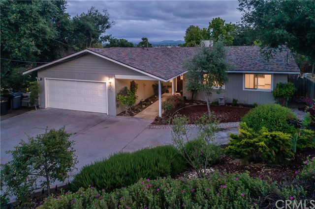 830 Lincoln Avenue, Templeton, CA 93465