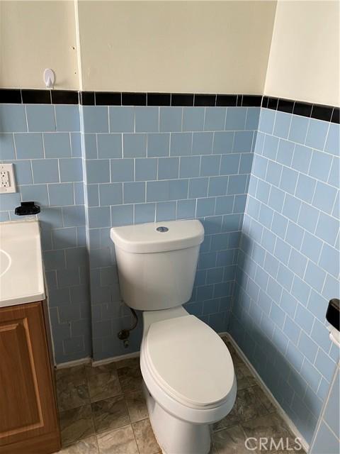 155 Manhattan Avenue, Hermosa Beach, California 90254, 2 Bedrooms Bedrooms, ,1 BathroomBathrooms,For Rent,Manhattan,SB21059925