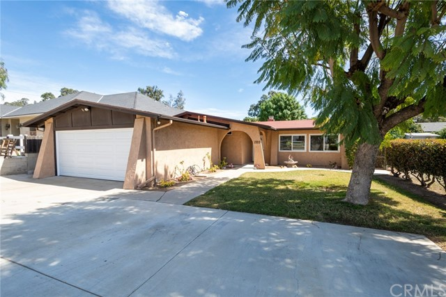 1569 Valley View Avenue, Norco, CA 92860