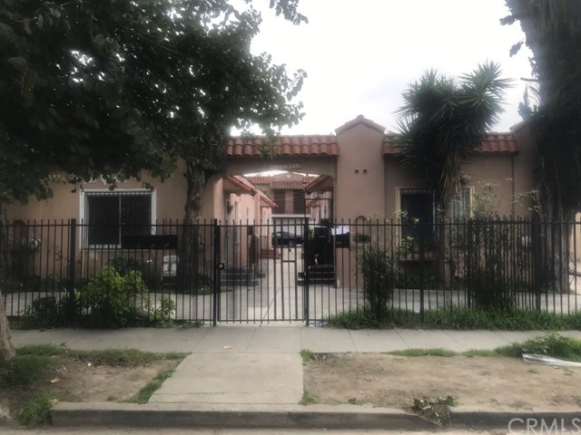 124 E 74th Street, Los Angeles, CA 90003