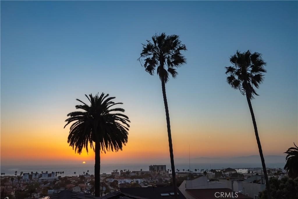 Photo of 544 S Helberta Avenue, Redondo Beach, CA 90277