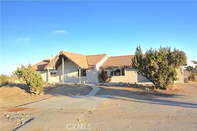 9715 Rose Dr, Oak Hills, CA 92344 Photo 7