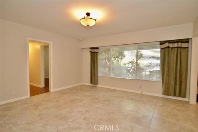 Image 5 of 1621 S Pomona Ave #D22, Fullerton, CA 92832