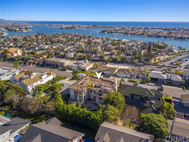 810 Kings Road, Newport Beach, CA 92663