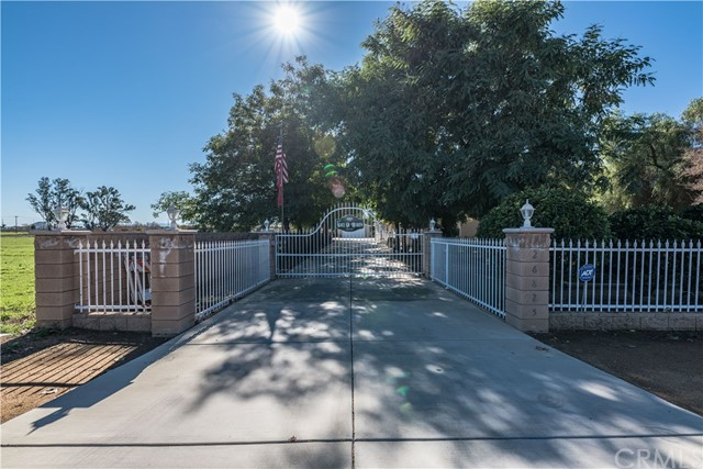 26825 Lazy Creek Road, Menifee, CA 92586