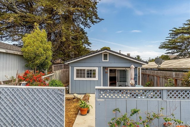 1372 11th Street, Los Osos, CA 93402