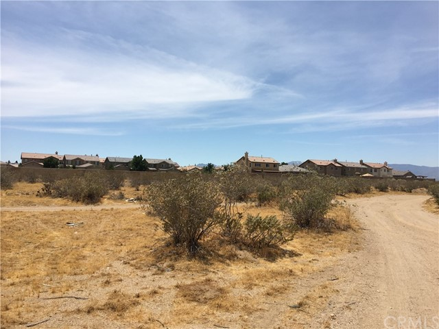 11695 Palmdale, Victor Valley, CA 92301