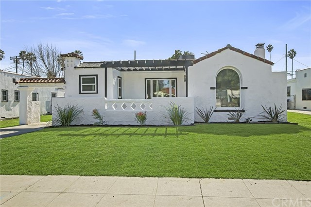 1824 W 84th Street, Los Angeles, CA 90047