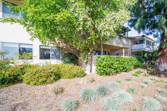Photo of 223 Avenida Majorca #E, Laguna Woods, CA 92637