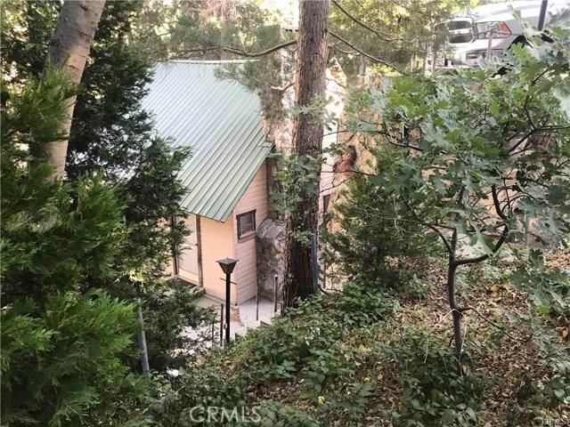 29335 Pine Dr, Cedar Glen, CA 92321