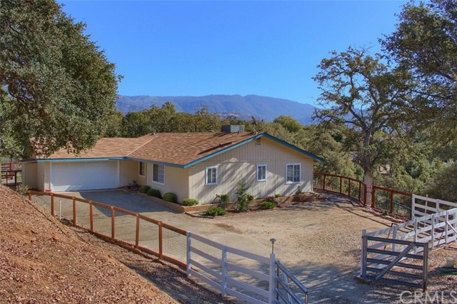 32169 Maranatha Dr, North Fork, CA 93643 Photo 2