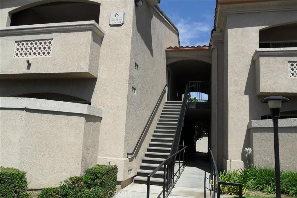 375     Central Avenue   43, Riverside CA 92507