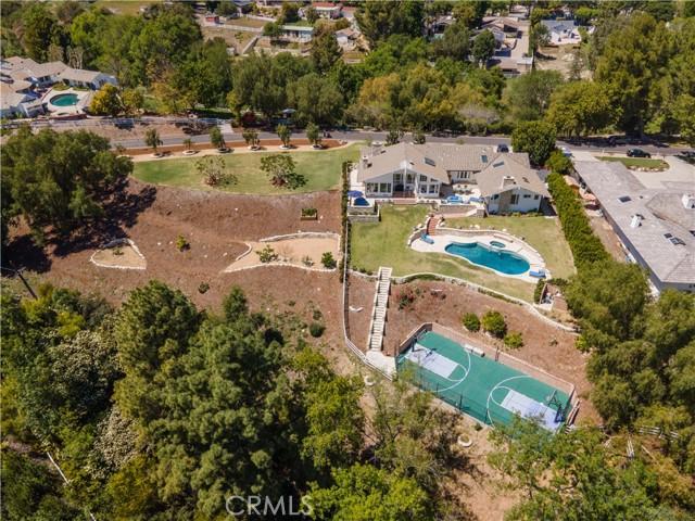 3 Middleridge Lane, Rolling Hills, California 90274, 4 Bedrooms Bedrooms, ,3 BathroomsBathrooms,For Sale,Middleridge,PV21071178