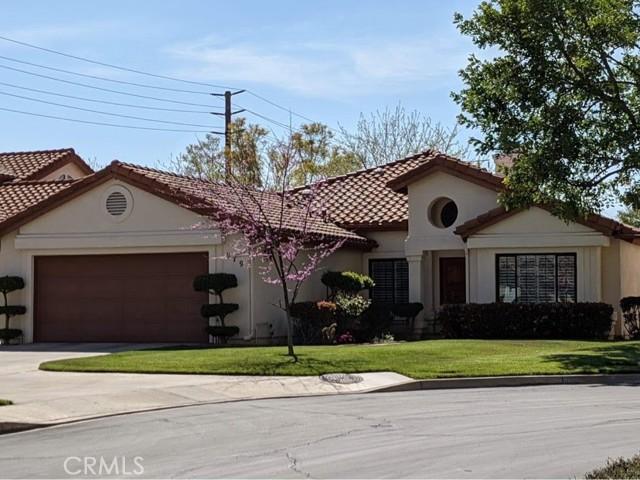 979 Via Serana, Upland, CA 91784