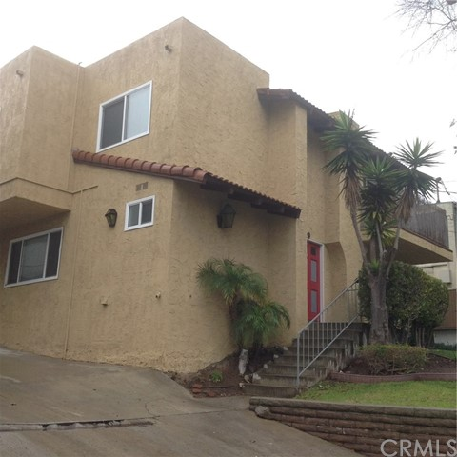 1909 Grant Ave 3, Redondo Beach, California 90278, 2 Bedrooms Bedrooms, ,1 BathroomBathrooms,For Rent,Grant Ave,SB19051447