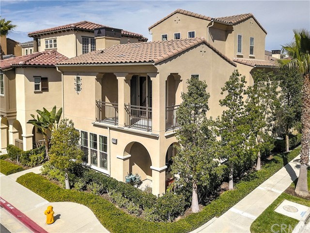 8193 Noelle Drive, Huntington Beach, CA 92646