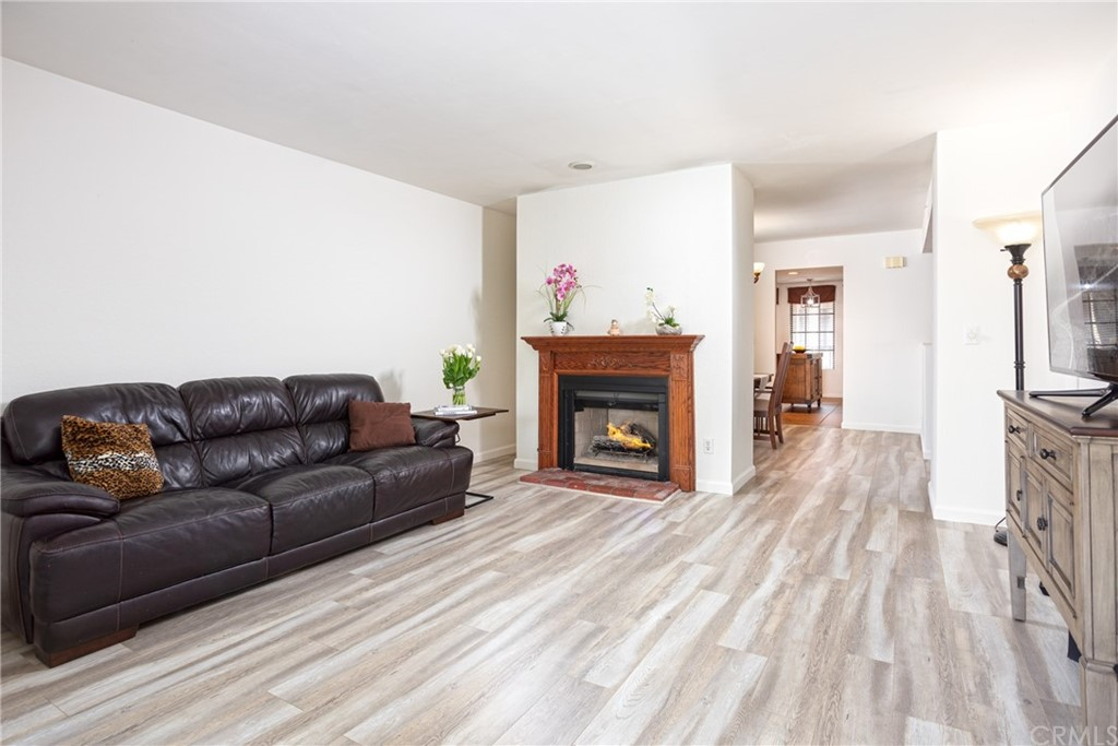 336 N Louise Street Unit: 16 For Sale