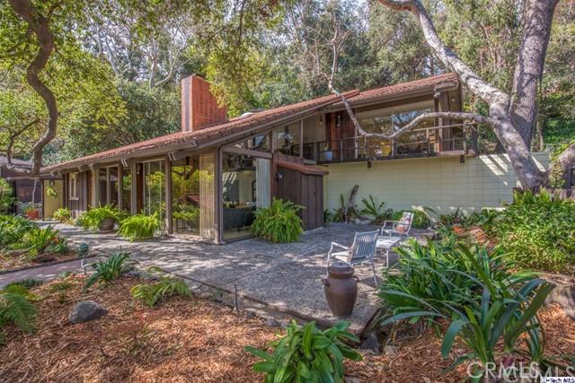 1716 Putney Road, Pasadena, CA 91103