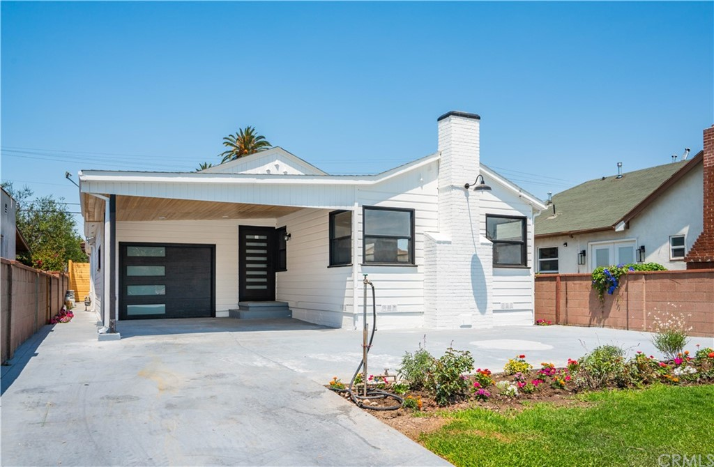 6325     6th ave, Los Angeles CA 90043