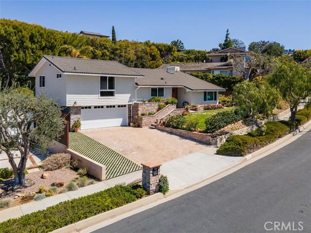 32. 7249 Berry Hill Drive Rancho Palos Verdes, CA 90275