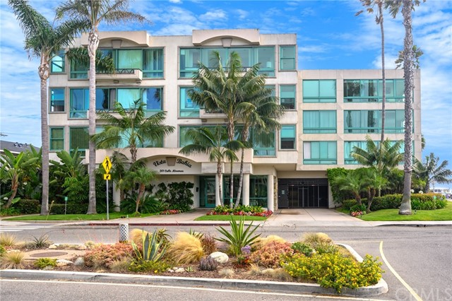 201 Calle Miramar 4, Redondo Beach, CA 90277