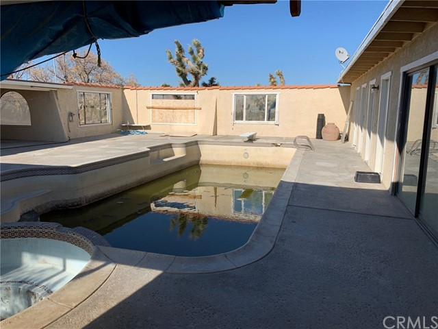 9561 Akron Rd, Lucerne Valley, CA 92356 Photo 19
