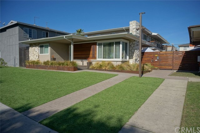 2917 W Rosecrans Avenue, Gardena, CA 90249