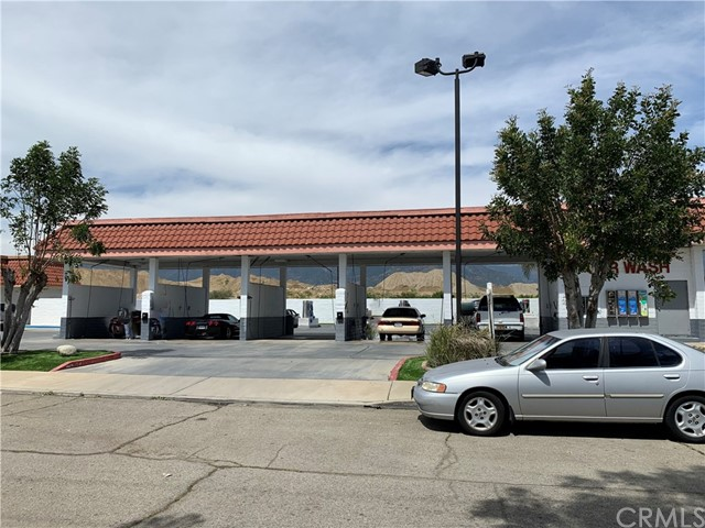 1869 W Foothill Boulevard, Upland, CA 91786