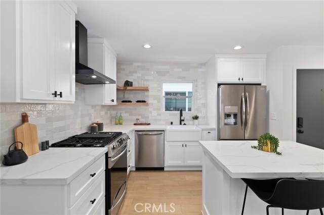 1802 Stanford Avenue, Redondo Beach, California 90278, 4 Bedrooms Bedrooms, ,2 BathroomsBathrooms,For Sale,Stanford,IV21062819