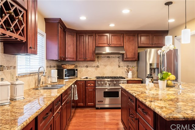 2123 NELSON, Redondo Beach, California 90278, 4 Bedrooms Bedrooms, ,2 BathroomsBathrooms,For Sale,NELSON,SB20040584