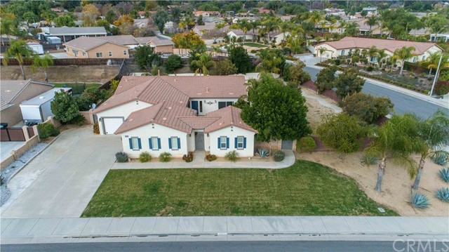 30883 Via Lakistas, Lake Elsinore, CA 92530