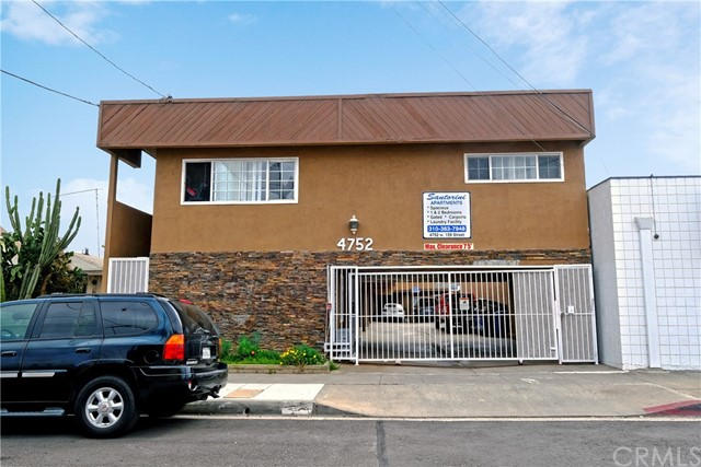 4752 159th, Lawndale, Los Angeles, California, United States 90260, ,Residential Income,For Sale,159th,PW21067952