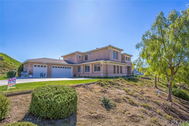 2019 Ridgeview Court, Redlands, CA 92373