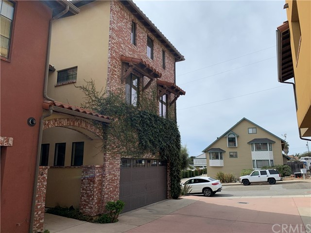 248 N 14th Street A, Grover Beach, CA 93433