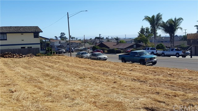 Property for sale at 408 Saratoga Avenue, Grover Beach,  California 93433
