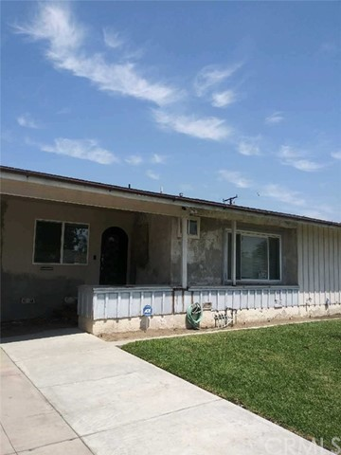 7649 Allengrove Street, Downey, CA 90240
