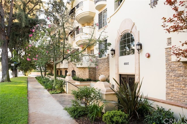 4601 Coldwater Canyon Avenue 201, Studio City, CA 91604