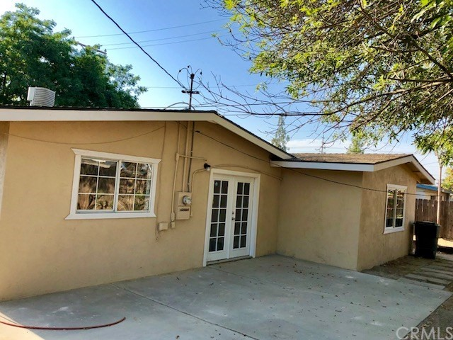 970 Holt Avenue, Hanford, CA 93230