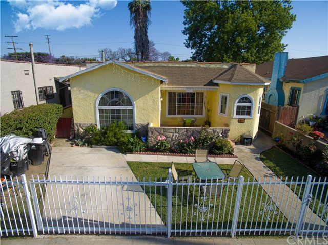644 E 80th Street, Los Angeles, CA 90001