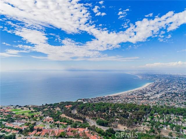 6070 Woodfern Drive, Rancho Palos Verdes, California 90275, 4 Bedrooms Bedrooms, ,3 BathroomsBathrooms,For Sale,Woodfern,PV18032038