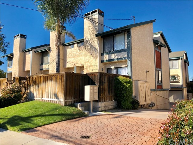 2715 Vanderbilt Lane, Redondo Beach, California 90278, 2 Bedrooms Bedrooms, ,2 BathroomsBathrooms,Townhouse,For Sale,Vanderbilt,SB19037434