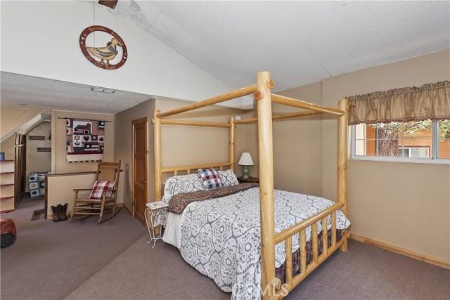 701 Oak Knoll Dr, Green Valley Lake, CA 92341 Photo 12