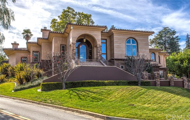12. 1714 Rossmont Drive Redlands, CA 92373