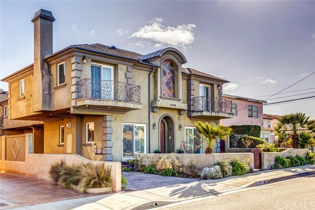 2202 Plant Avenue A, Redondo Beach, CA 90278