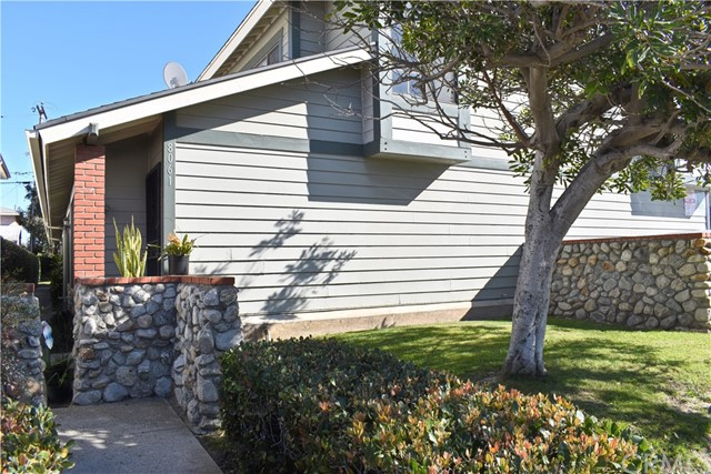 8061 Presidential Wy, Midway City, CA 92655 Photo 2