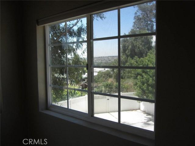 Image 9 of 323 S Del Giorgio Rd, Anaheim, CA 92808